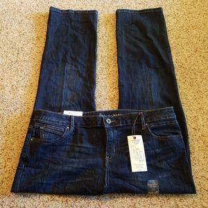 Simply Vera Wang capri jeans, roll cuff, The Miami